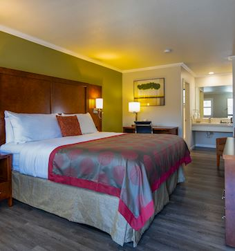 Modern Rooms & Amenities in Mountain View Hotel